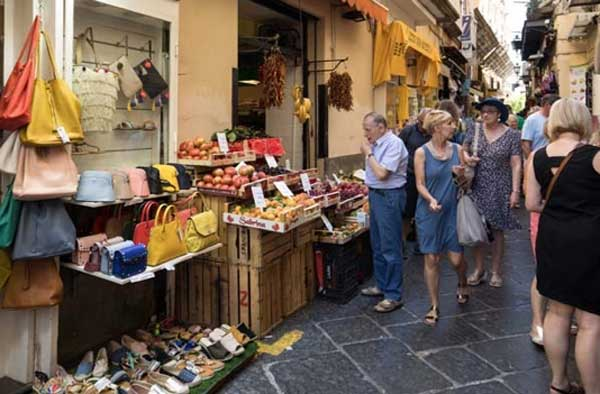 lifestyle in Sorrento Italy
