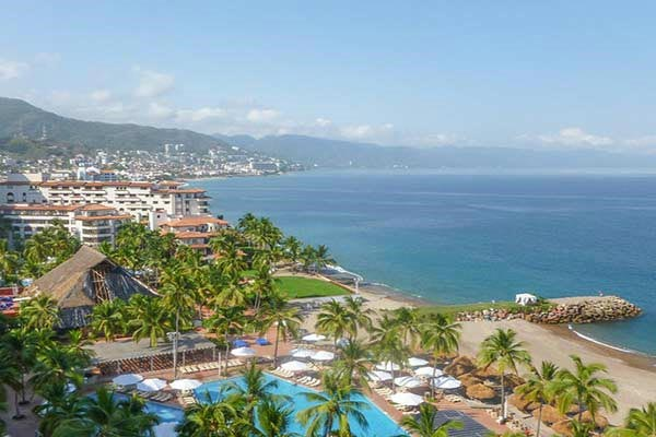 Puerto-Vallarta-Beach-Mexico