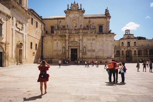 Retire-in-Lecce