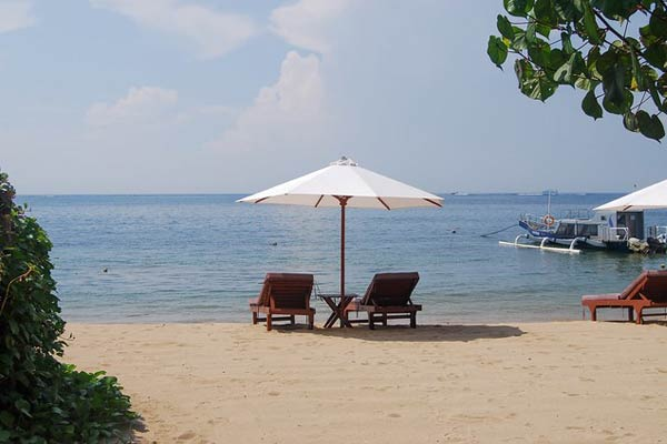 relax on a beach in bali