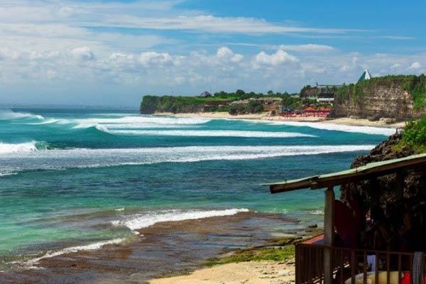 Bali-Surfing