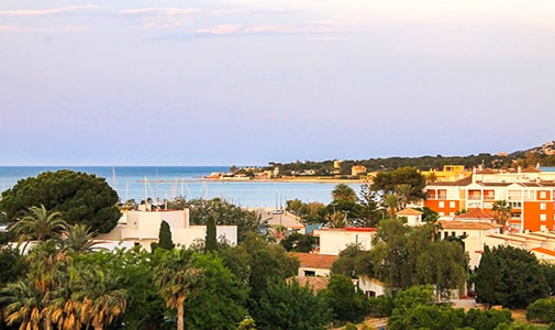 A Sea View Home for $1,140 a Month in Dénia, Spain