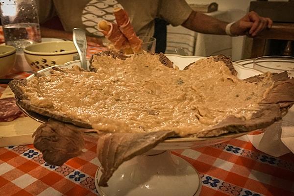 Turin vitel tonnè _ veal tuna sauce