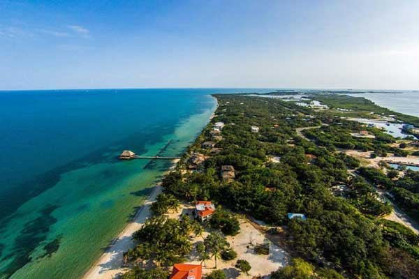 beach-real-estate-in-placencia