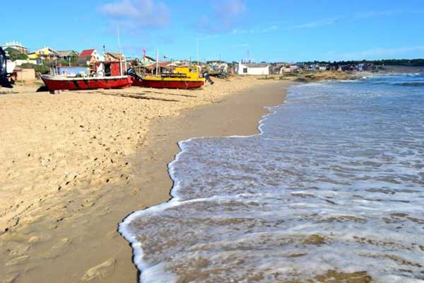 beaches-in-rocha