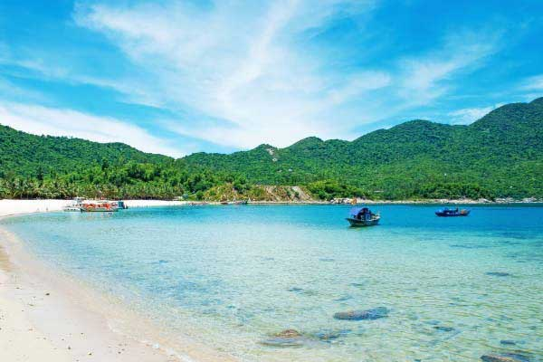 Take an Excursion to the Cham Islands Biosphere Reserve