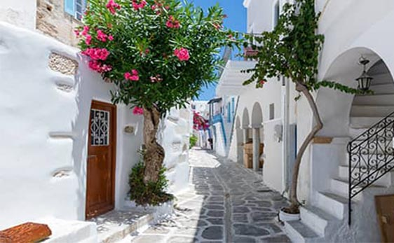 A Step by Step Guide to Buying Real Estate in Greece