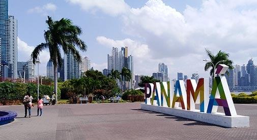 A Luxury Island Home in Panama City