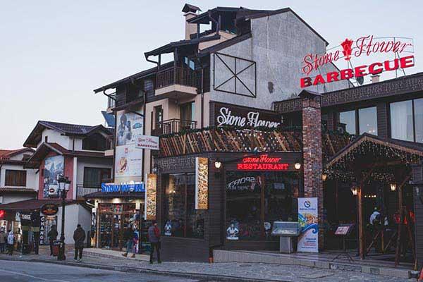 Stroll-Up-Pirin-Street-for-Shopping-in-Bankso