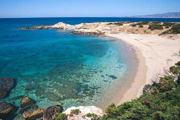 Beach-Hop-in-Naxos