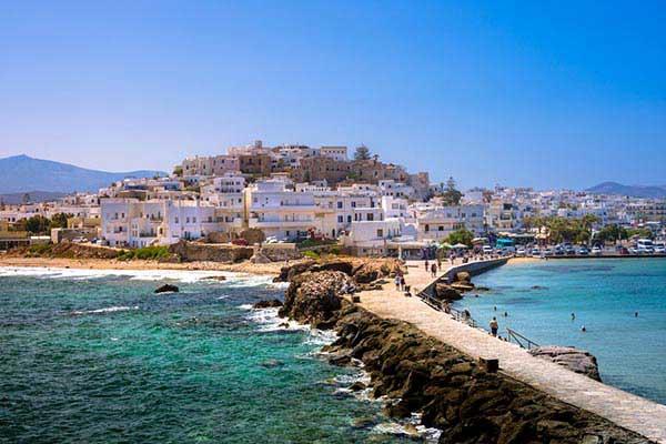 Explore-the-Capital-City-of-Naxos