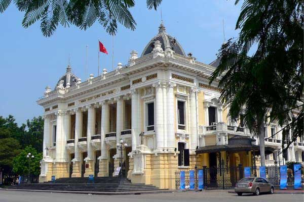 Spend an Evening at the Opera in Hanoi