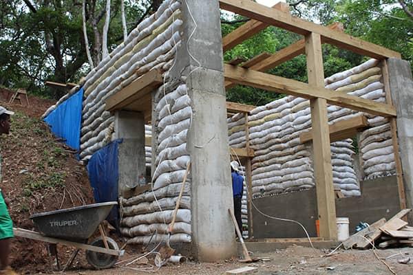 earth-bag-construction