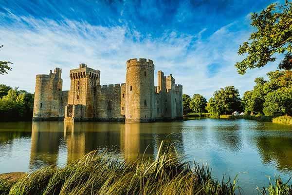 Have-an-Adventure-in-Bodiam-Castle
