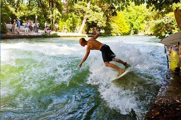 Surfing in the City in Munich