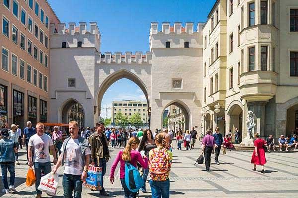 Walk Through the Old Town in Munich