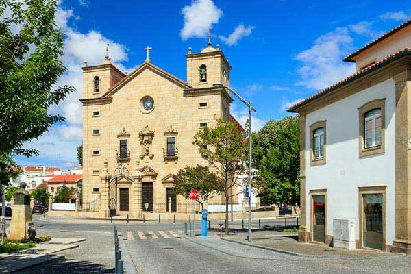 Castelo Branco From $1,615 a Month