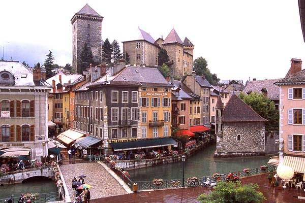 Retire-in-Annecy-France