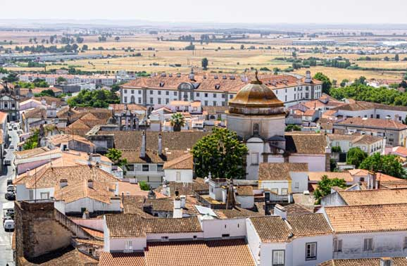 8 Best Things to Do in Évora, Portugal