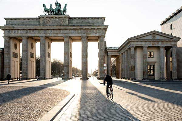 Big City Berlin or Hamburg