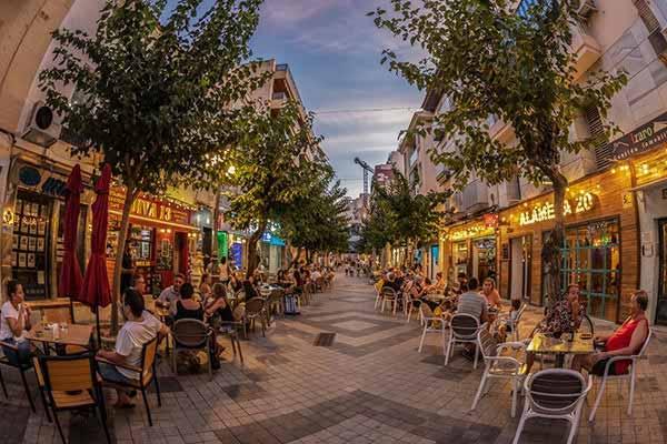 Eat in the Best Restaurants in Benidorm