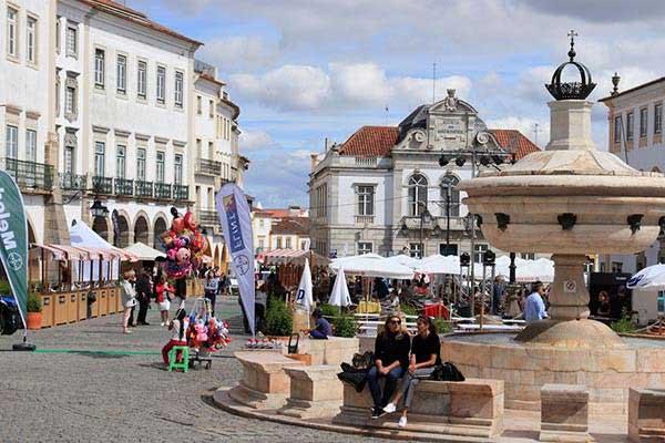 Giraldo Square (Praça do Giraldo)