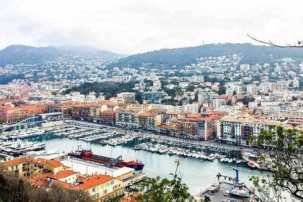 Live-in-Nice-France