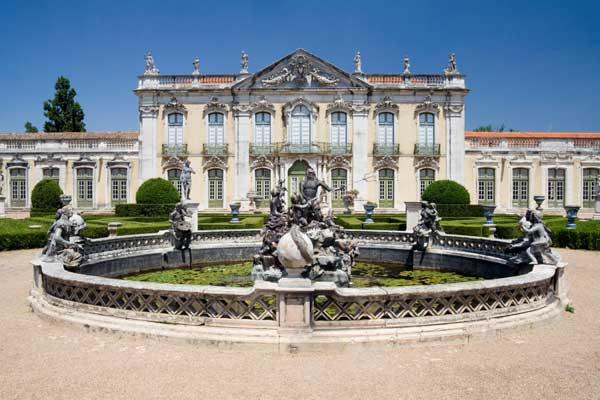 Queluz-A-Hideaway-for-the-Mad-Queen