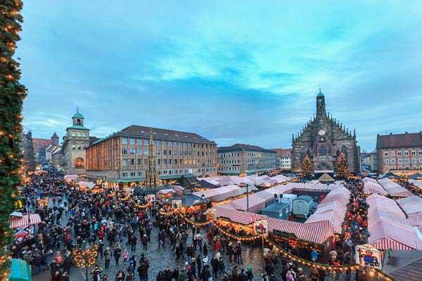 Weihnachtsmarkt (Christmas Market)