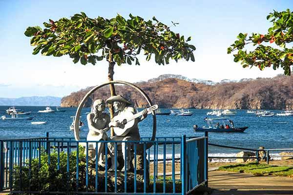 Retire in Playas del Coco
