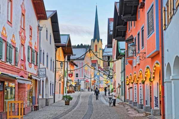 The-Resort-Town-of-Garmisch-Partenkirchen