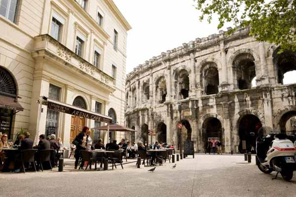 Lifestyle-in-Nimes-France
