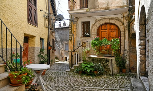 Are Italy's €1 Homes Really a Good Deal?