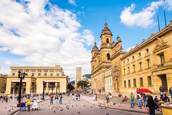 Retire in Bogotá Colombia